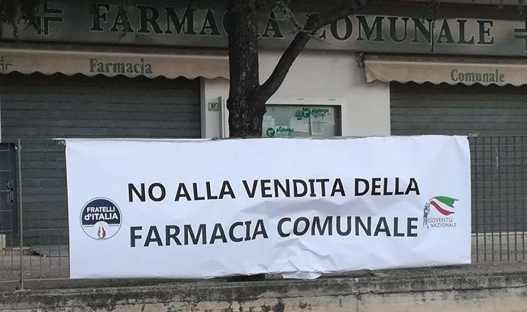 """Città Sant'Angelo, chiusura farmacia comunale: """"Petizione giunta a 500 firme"""""""