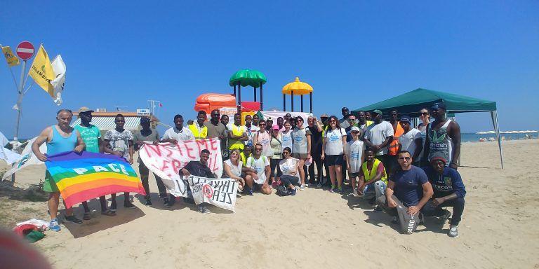 Roseto, spiagge e fondali puliti 2018: Riserva Borsacchio invasa da volontari FOTO
