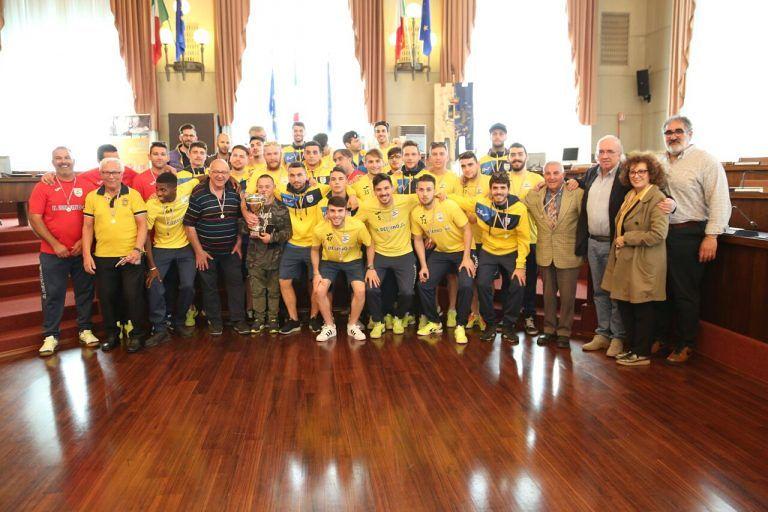 Pescara, Delfino-Flacco-Porto in eccellenza: il plauso dell'assessore allo sport