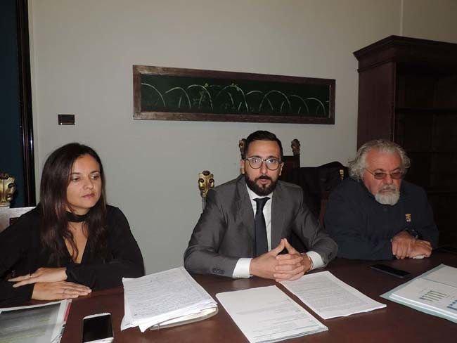"""Città Sant'Angelo, farmacia comunale: """"Incarichi a filo: vizietto del PD"""""""