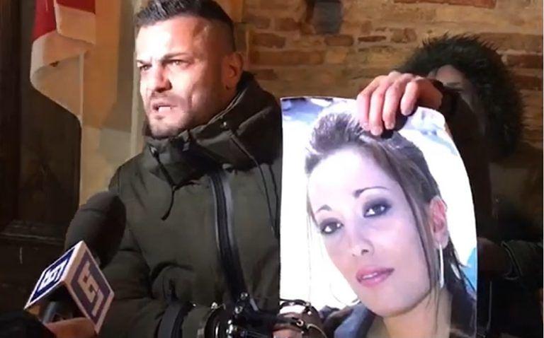 Rigopiano, familiari delle vittime aggrediti dall'ex sindaco di Farindola