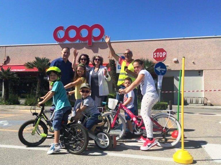 Bimbinbici, grande successo la manifestazione dedicata ai ciclisti in erba