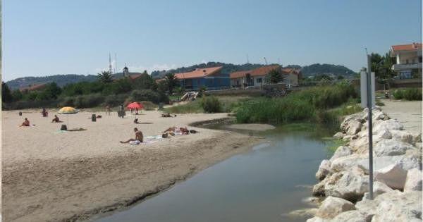 Pescara, Fosso Vallelunga: torna il divieto temporaneo di balneazione
