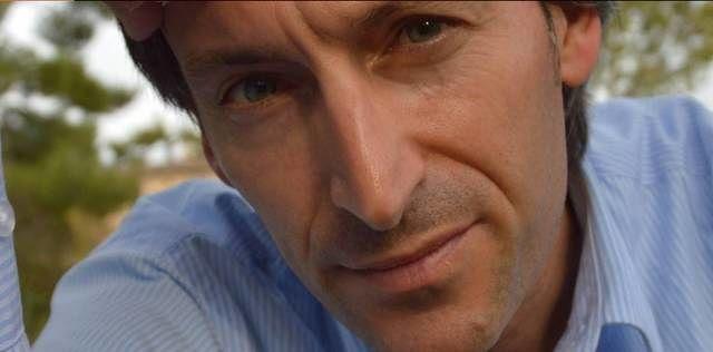 Lo scrittore Francesco Ricci presenta a Chieti il suo libro 'Passi di danza pensante'