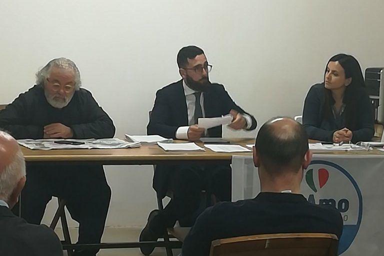 """Città Sant'Angelo, farmacia comunale: """"Venduta per salvare l'amministrazione Florindi"""""""