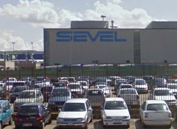 Atessa, incidente sul lavoro: ripresa la produzione alla Sevel