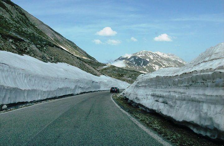 Campo Imperatore, lavori in corso sulle strade in vista del Giro d'Italia