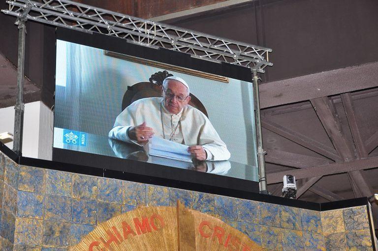 Veglia Mariana a San Gabriele,il video-messaggio del Papa ai giovani FOTO