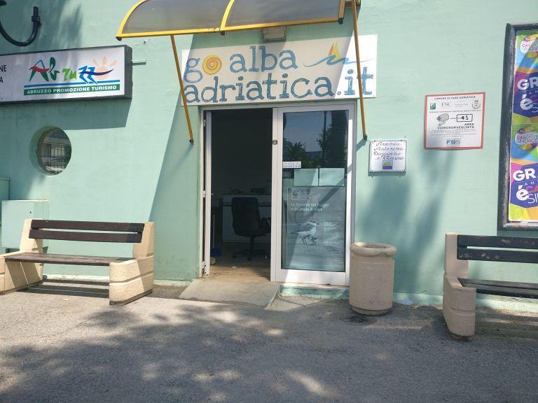 Alba Adriatica, al lavoro per garantire la riapertura dell'ufficio IAT