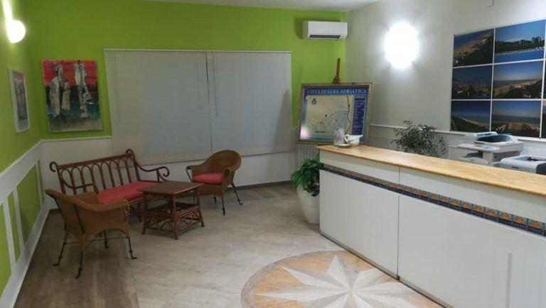 Alba Adriatica, lavori ultimati: riapre i battenti l'ufficio Iat