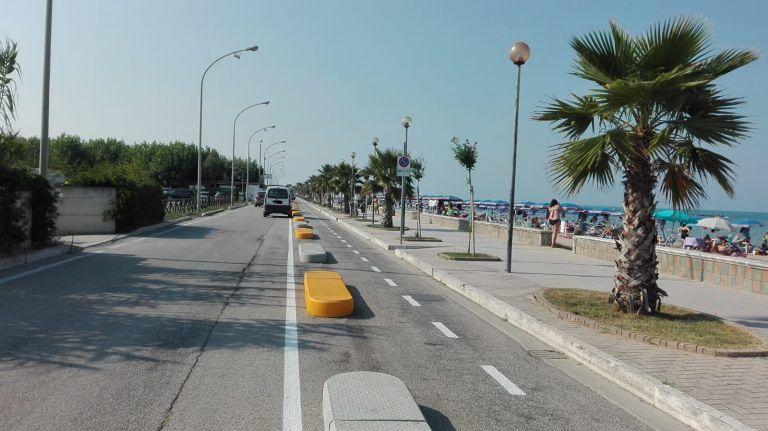 Cologna Spiaggia, la pista ciclabile piace. Ma si poteva fare meglio