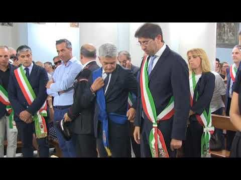 Notaresco, un'intera comunità ai funerali di Valter Catarra. Commosso intervento della figlia Federica (NOSTRI SERVIZI)