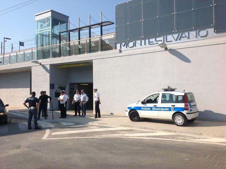 Montesilvano, blitz interforze in stazione e grandi alberghi: due sequestri