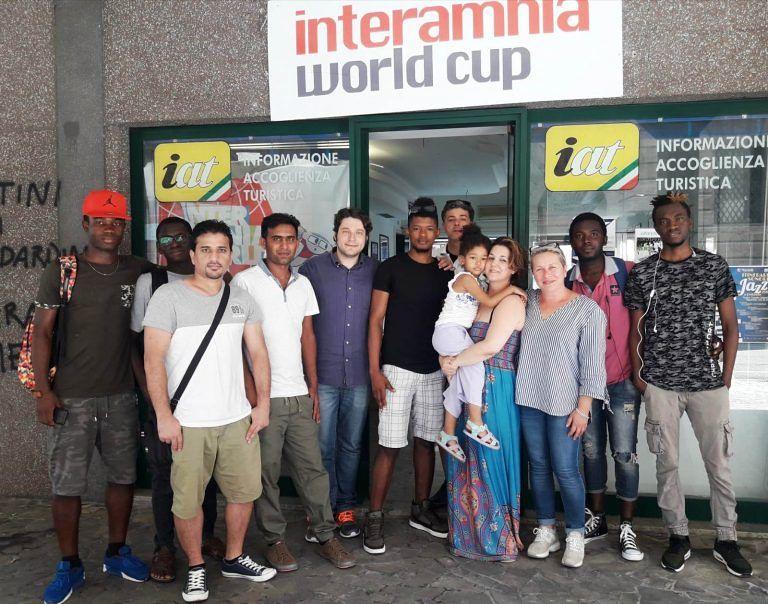 Teramo, migranti portabandiera ed interpreti alla Coppa Interamnia