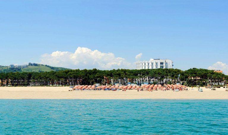 Alba Adriatica, allestimento zona barche. Il Comune partecipa al bando del Flag Costa Blu