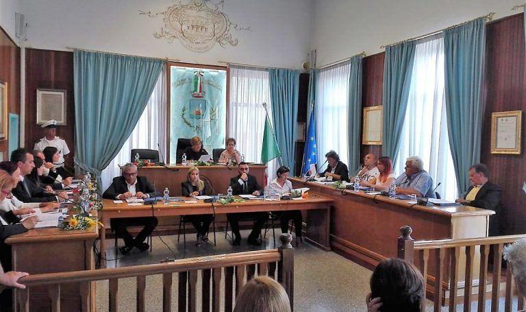 Alba Adriatica, consiglio comunale: surroga di Colonnelli e nomina del capogruppo di maggioranza