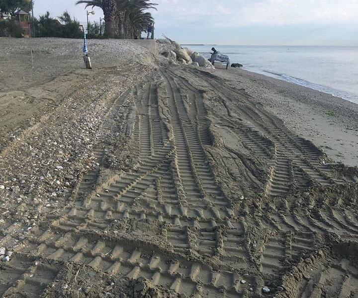 Alba Adriatica, pulita la spiaggia libera della zona nord