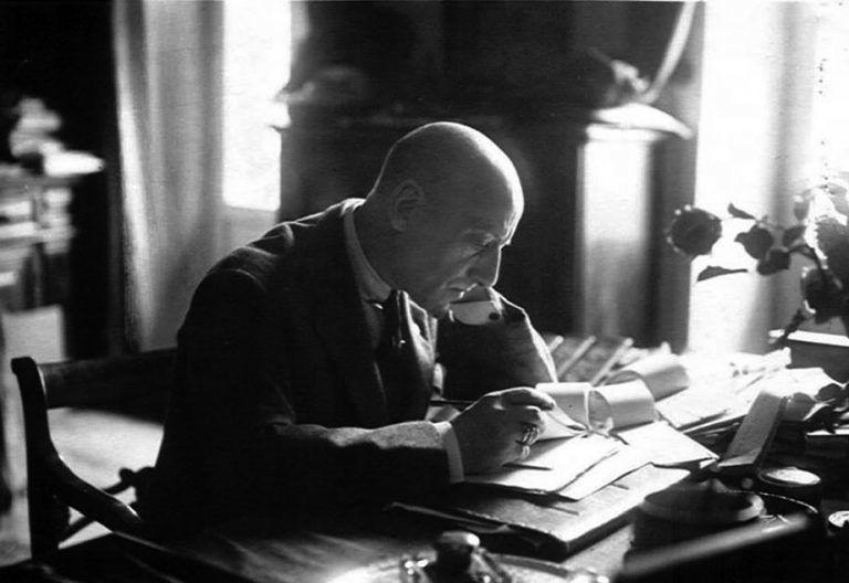 """Campli, la Farnesiana """"omaggia"""" Gabriele D'Annunzio"""