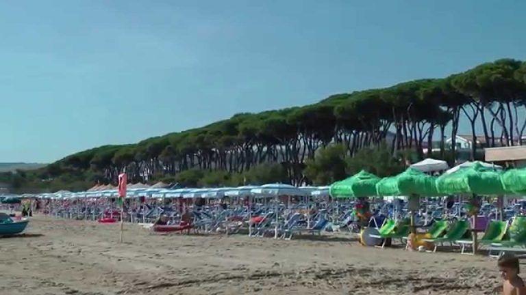 """Pineto, bimba si perde sulla spiaggia: """"recuperata"""" da un poliziotto libero dal servizio"""