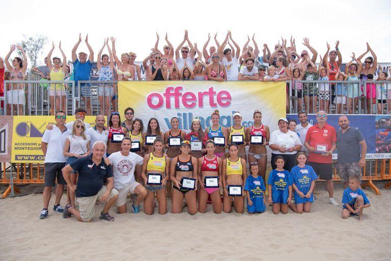 """Alba Adriatica, Eleonora Annibalini è la """"queen of the beach"""" FOTO"""