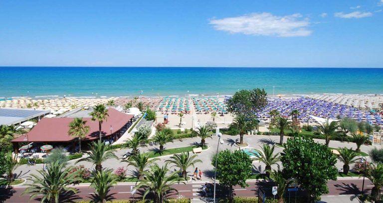 Alba Adriatica, acque di balneazione eccellenti durante l'estate. Ora obiettivo è la Bandiera Blu