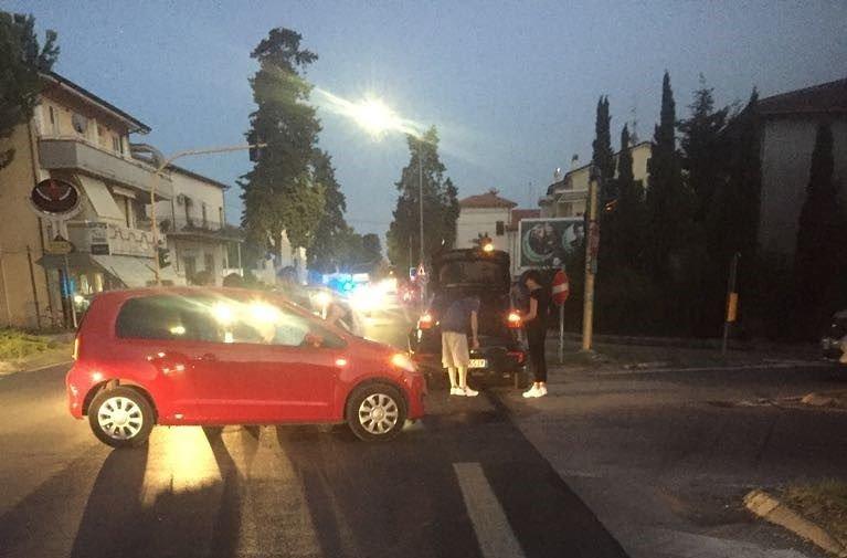 Tortoreto, incidente all'incrocio: traffico in tilt sulla statale