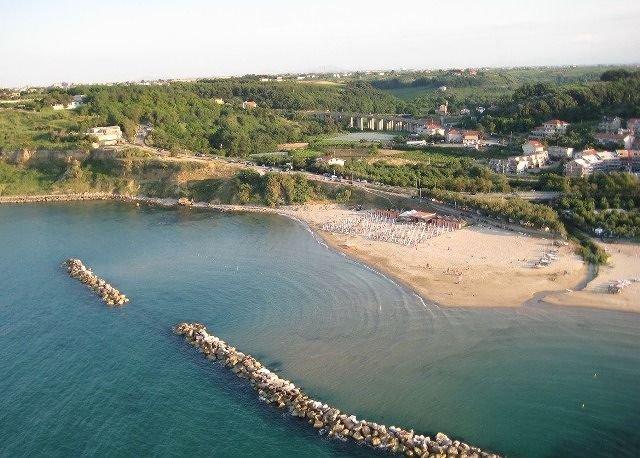 Ortona, arriva l'accordo sulla spiaggia tra Postilli e Riccio
