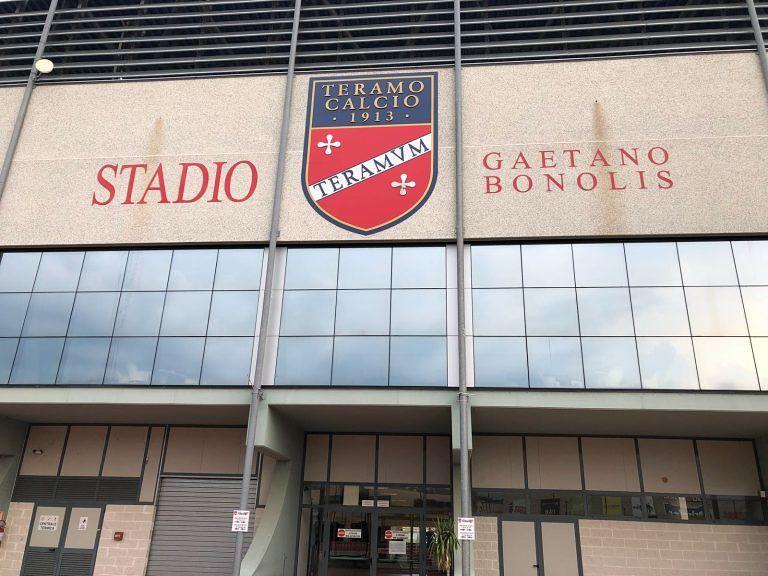Teramo, raccolta firme per la salvaguardia dello stadio Bonolis