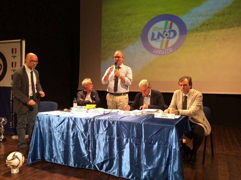 Campionati calcio giovanile: rinnovato l'incontro a Pineto per presentare i calendari