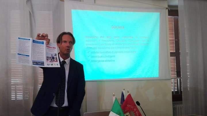 Giulianova, M5S e FdI criticano il pieghevole di Mastromauro: 'è un fallimento'