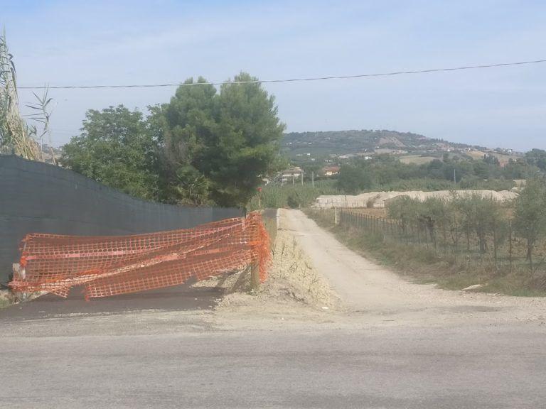Alba Adriatica, pista ciclabile sul Vibrata: tra varianti e criticità. Il sopralluogo FOTO VIDEO