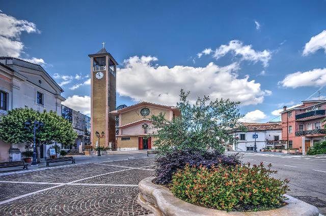Torrevecchia Teatina, concorso fotografico 'Ogni cento metri il mondo cambia'