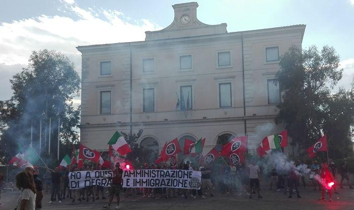 Stupro Pescara, CasaPound in piazza contro Comune e immigrati