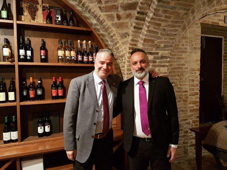 """I vini abruzzesi alla """"conquista"""" della Sardegna: l'iniziativa"""
