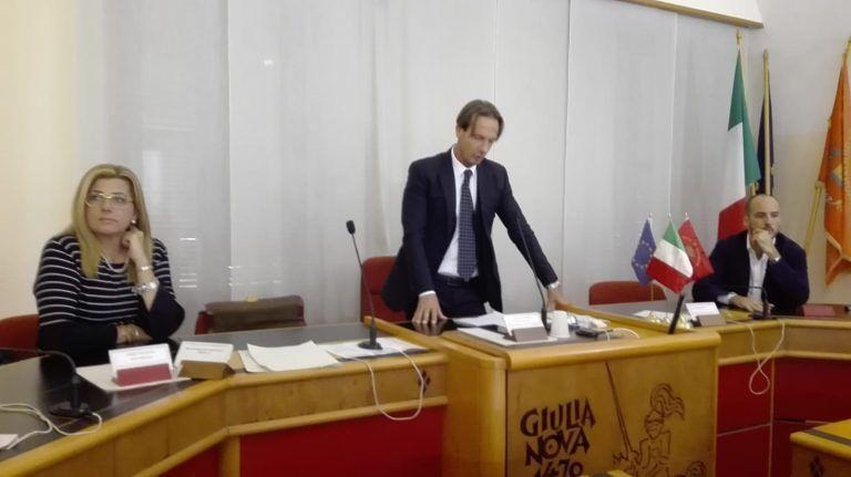 Giulianova, dimissioni Mastromauro: il commento di M5S, Lega e FdI