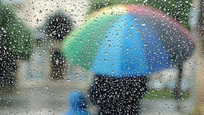 Maltempo, allerta meteo in Abruzzo con vento e temporali