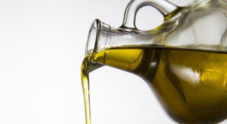 """Maltempo e """"mosca"""": anche in Abruzzo cala la produzione di olio"""