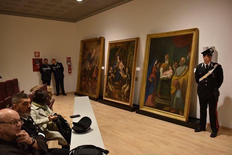 L'Aquila, riconsegnate le opere d'arte rubate dopo il terremoto FOTO
