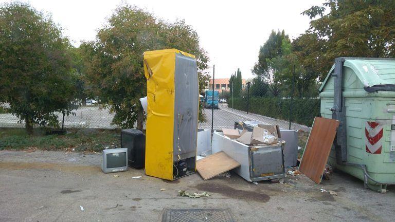 Montesilvano, via Rimini: individuata e rimossa una discarica abusiva