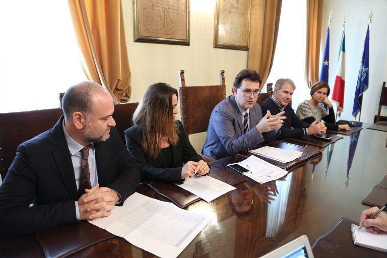 Pescara, 19 posti in Comune: come fare domanda