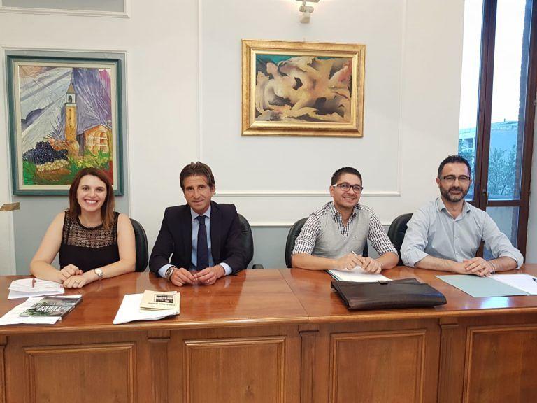 """Montorio, l'opposizione: """"Amministrazione rispetti le quote rosa"""""""
