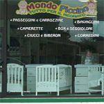 MONDO PICCINO è anche l'Arte del ricamo a A.Egidio alla V.ta | Accurata scelta di lenzuola per culle, copertine, vestitini, servizio di Merceria, riparazioni.