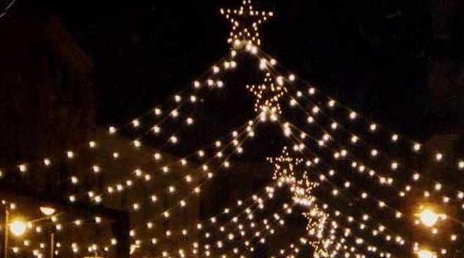 Tortoreto, luminarie ed eventi di Natale: il Comune a caccia di sponsor