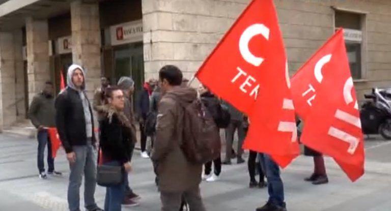 Alba Adriatica, operatori senza stipendio: a rischio accoglienza dei migranti