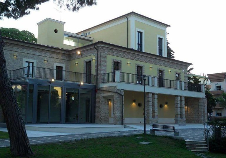 Alba Adriatica, torna l'appuntamento con BiblioNatale: questa volta online