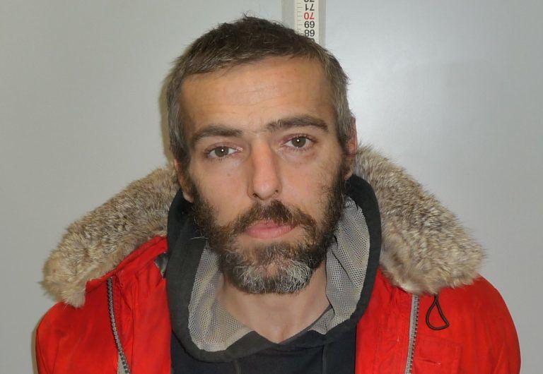 Pescara, fugge con l'auto rubata: inseguito e arrestato sulla Tiburtina