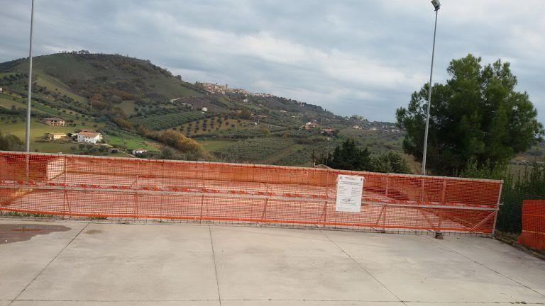 Tortoreto, piazza di Cavatassi inagibile: servono piccole manutenzioni e progetto di messa in sicurezza FOTO