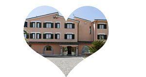 HOTEL VILLA LUIGI ? Valentine's day? Cena a Lume di Candela e Dolce Notte insieme