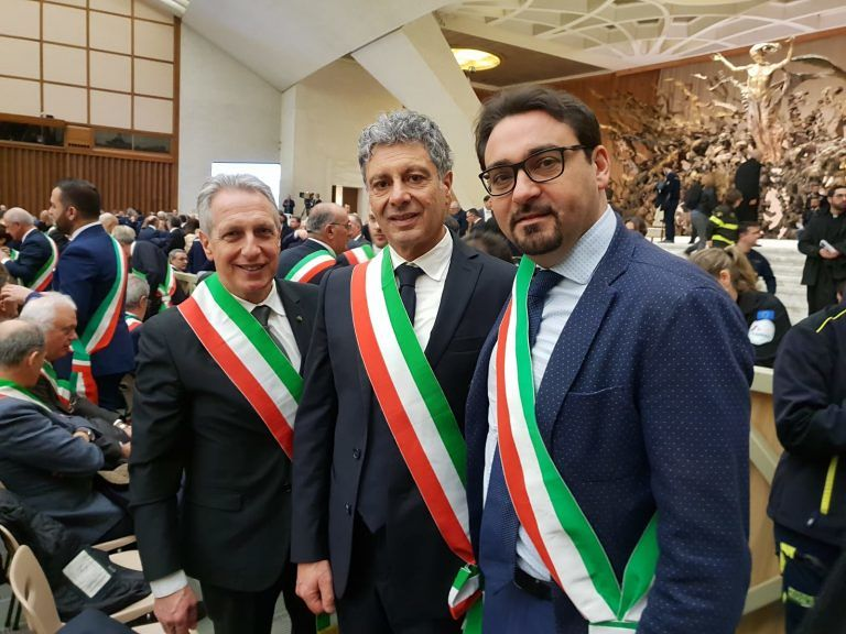 Sindaci teramani in udienza da Papa Francesco