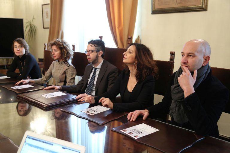 Pescara, Sguardi svelati: il teatro contro la violenza di genere
